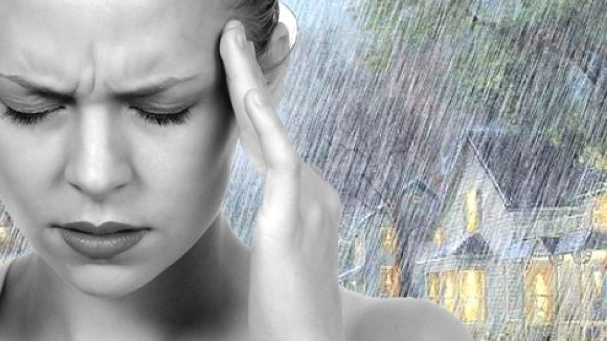 Đau đầu do thời tiết là gì? Tại sao chúng ta hay bị đau đầu khi thay đổi  thời tiết?